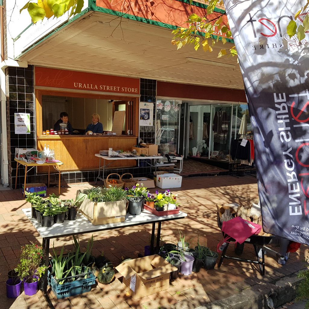 ZNET Uralla street stall - week long community event