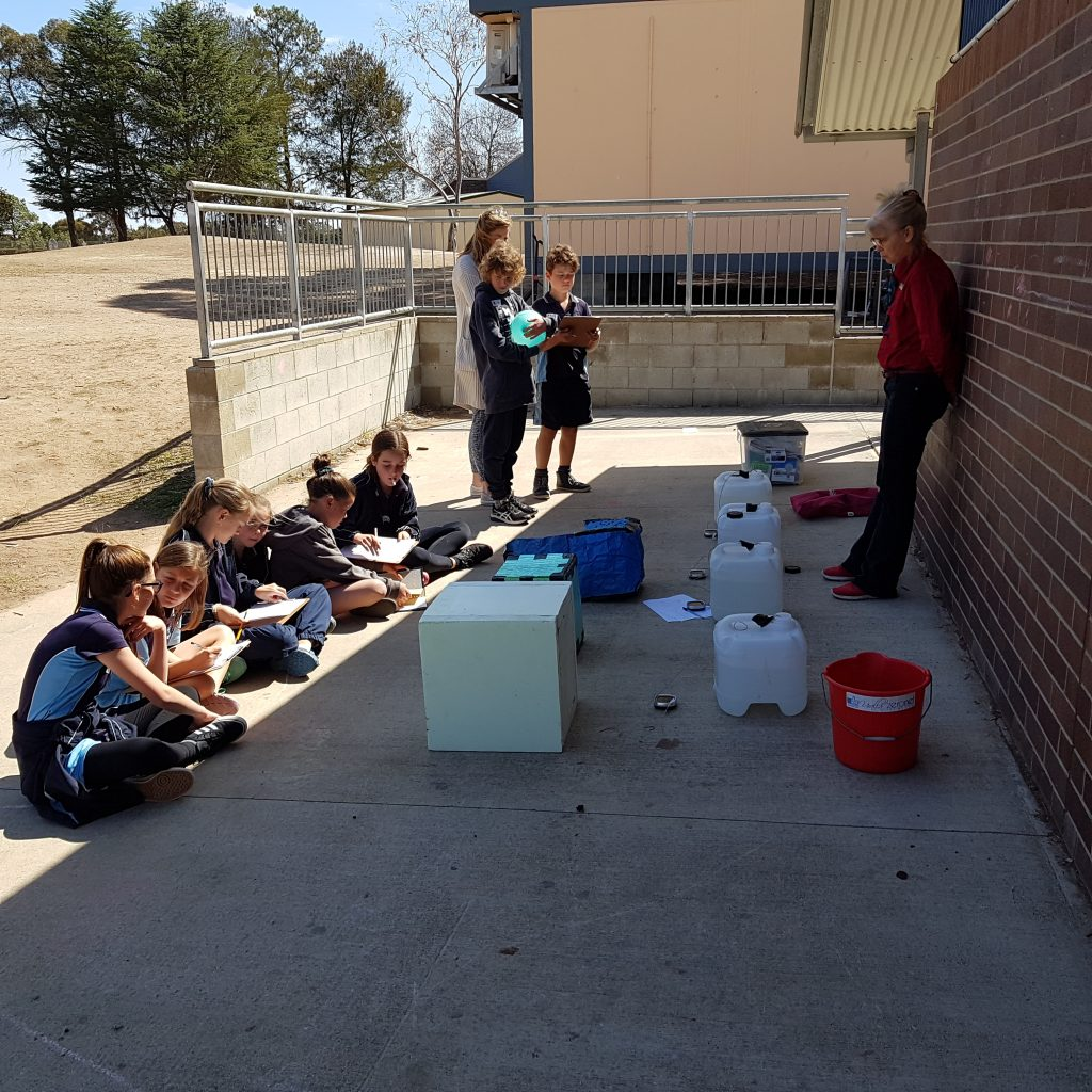 Uralla Central School doing an experiment on effectiveness of different types of insulation